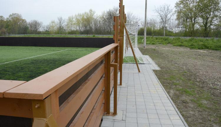 Mala Subotica_malonogometni teren s umjetnom travom i mantinelama, otvorenje 27.4.2021.